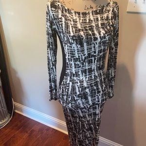 The Dress that Turns heads